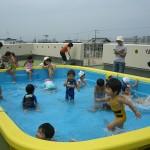 プール遊び(8月)