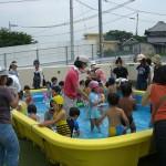 プール遊び(7月)